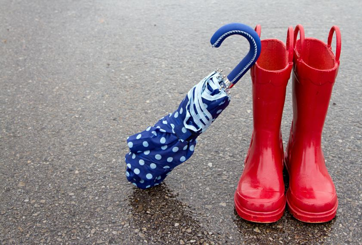 10 Things to do When the Kids are Stuck Inside on a Rainy Day